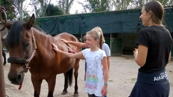 Bimbi Bielorussi e cavallo